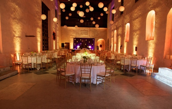 Wedding reception decor inspiration Sofitel Cartagena deco foodgina
