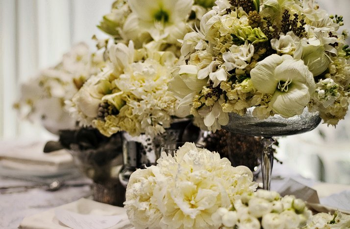 Romantic-white-wedding-flowers.full