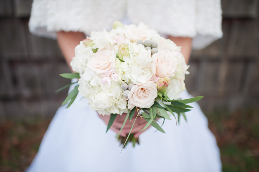 winter white wedding flowers bridal bouquet