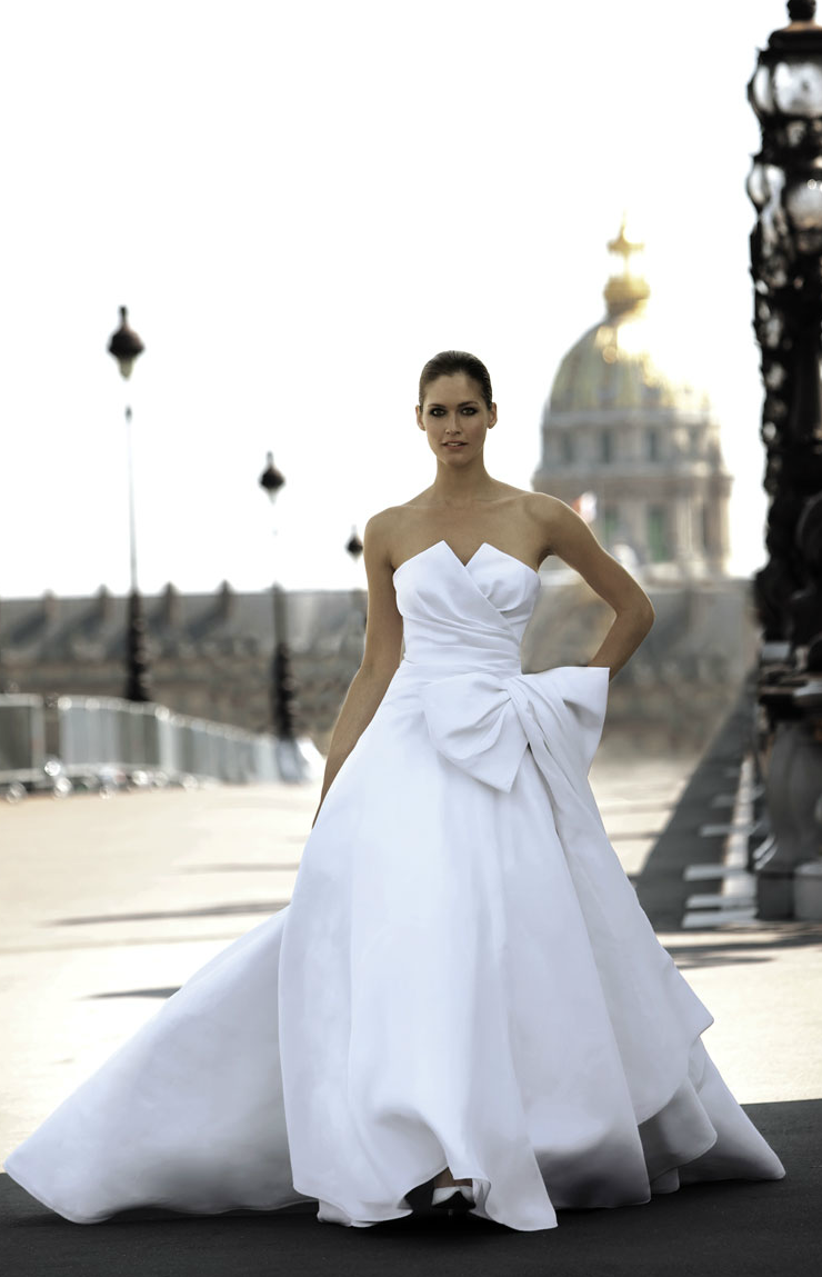 Cymbeline paris wedding dress 2012 ballgown for Wedding dresses in paris france