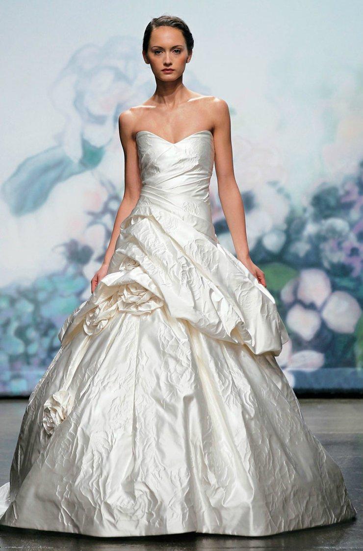 2012-wedding-dresses-ballgown-bridal-gown-monique-lhuillier.full