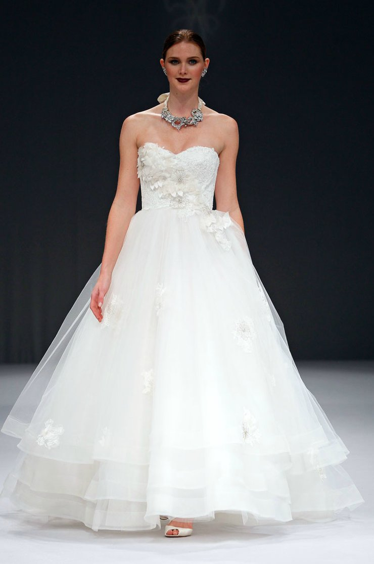 2012-wedding-dresses-ballgown-bridal-gown-anne-barge.full