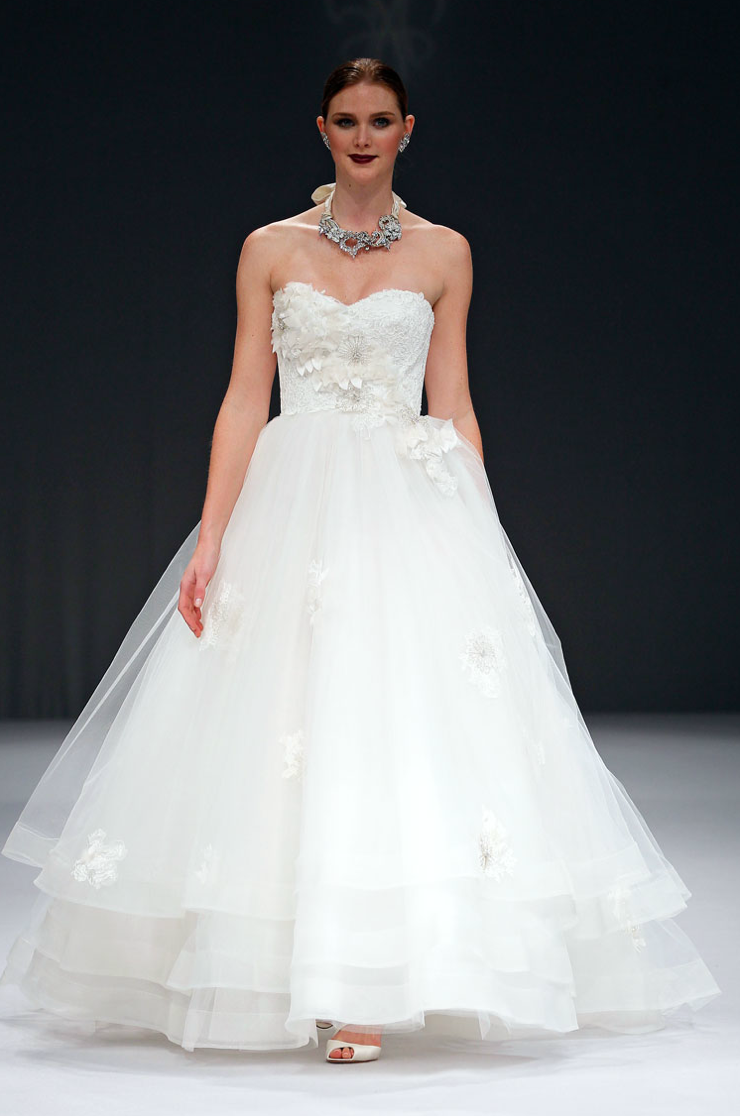 2012-wedding-dresses-ballgown-bridal-gown-anne-barge.original