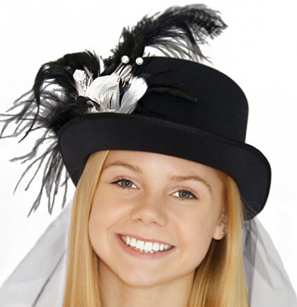 Hat Top Hat Luxury Feather Black and White with Veil 2