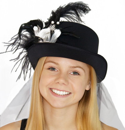 Hat Top Hat Luxury Feather Black and White with Veil