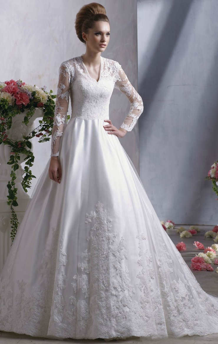 Kate middleton inspired bridal gown lace sleeves anjolique for Lace wedding dresses with sleeves kleinfelds