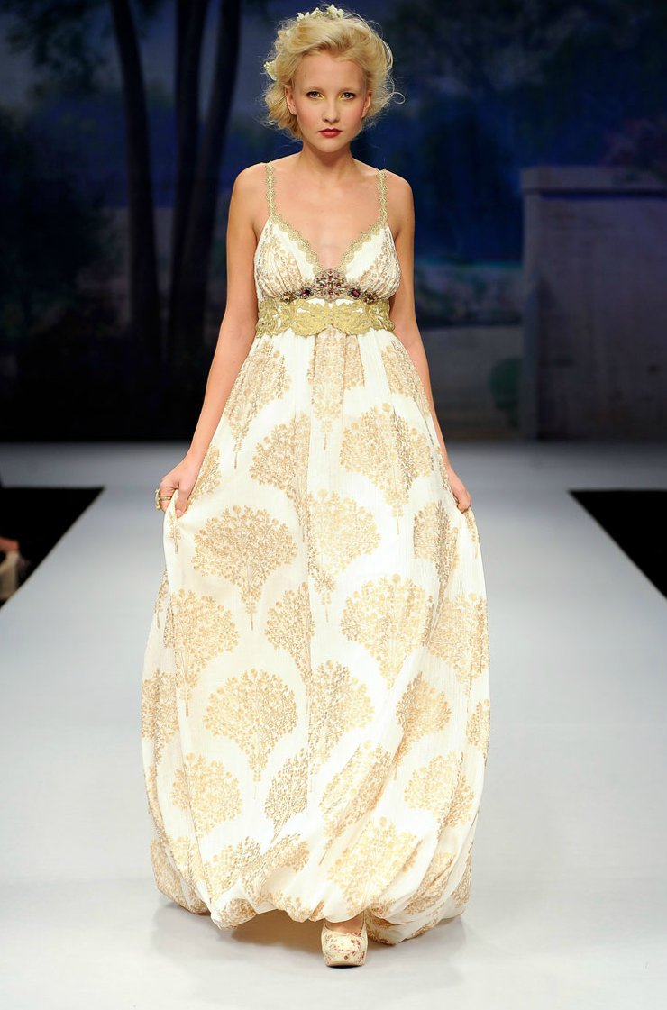 Printed-wedding-dresses-2012-bridal-gown-trend-claire-pettibone.full
