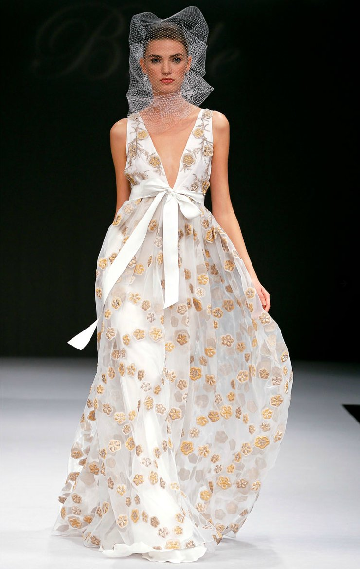 2012 wedding dress trends printed bridal gowns