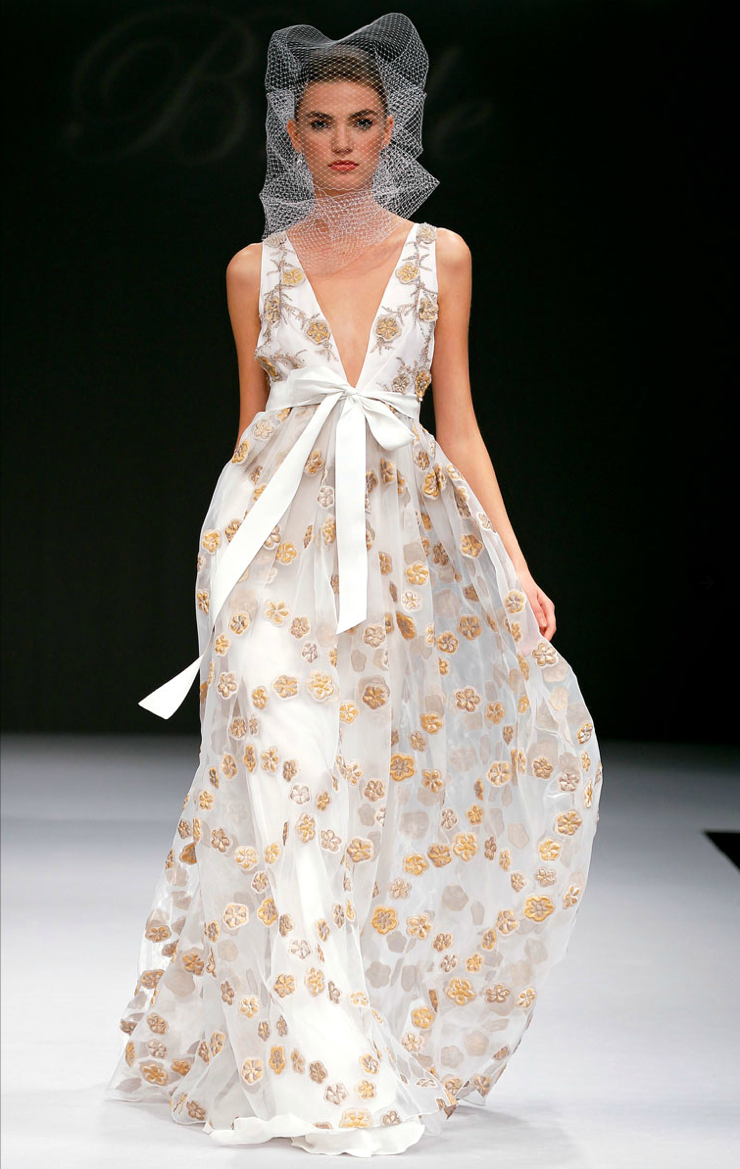 2012-wedding-dress-trends-printed-bridal-gowns.original