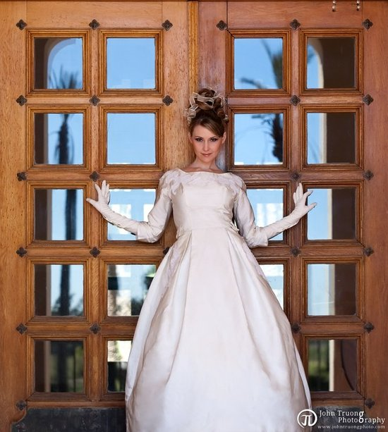 sleeved wedding dresses 2011 trends