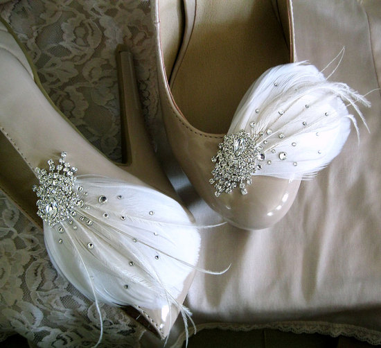 Feather and rhinestone wedding shoe clips