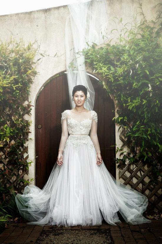 photo of Daring wedding gowns by Paulo Sebastian 5