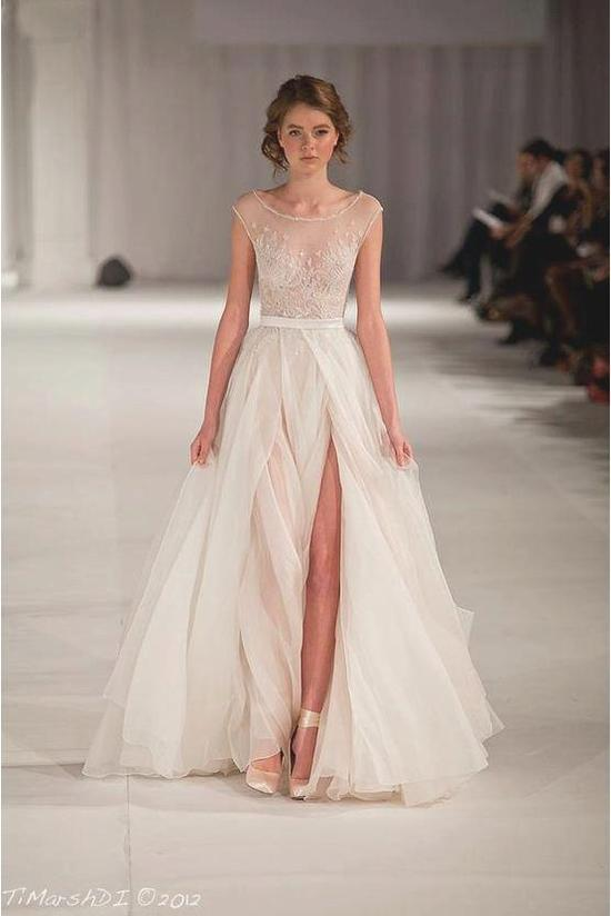 photo of Daring wedding gowns by Paulo Sebastian 10