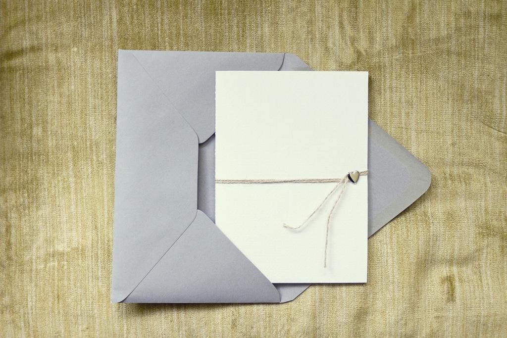Fall-real-wedding-photography-wedding-invitation-stationery.full