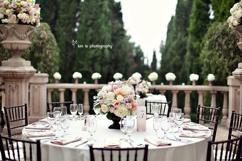 Elegant-sophistication-wedding-trends-2011.full