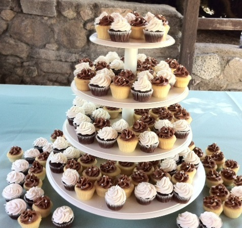 Rustic style cupcakes