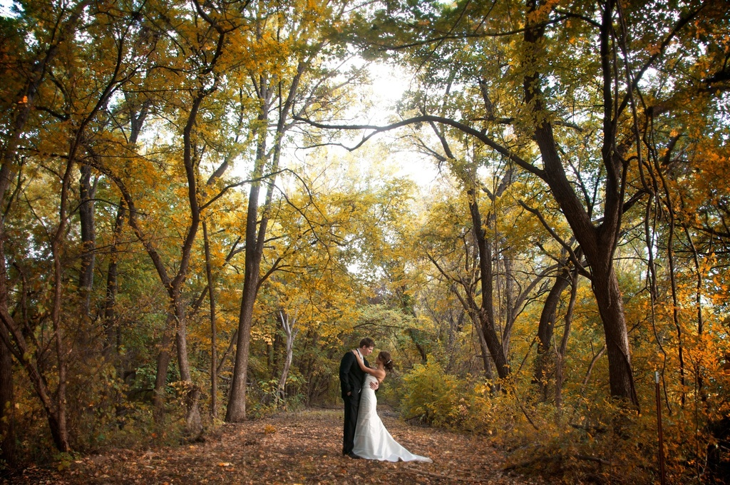Fall-wedding-bride-groom.full