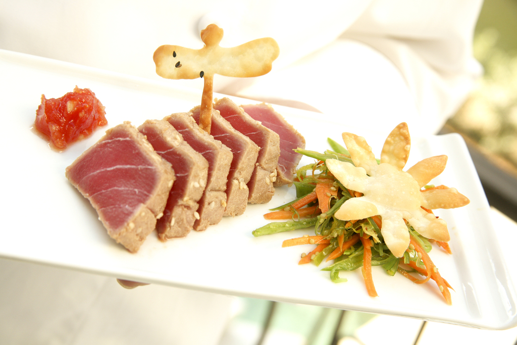 Seven Spice Seared Ahi Tuna with Tomato Ginger Jam, Asian Wakame Salad and Crispy Wontons