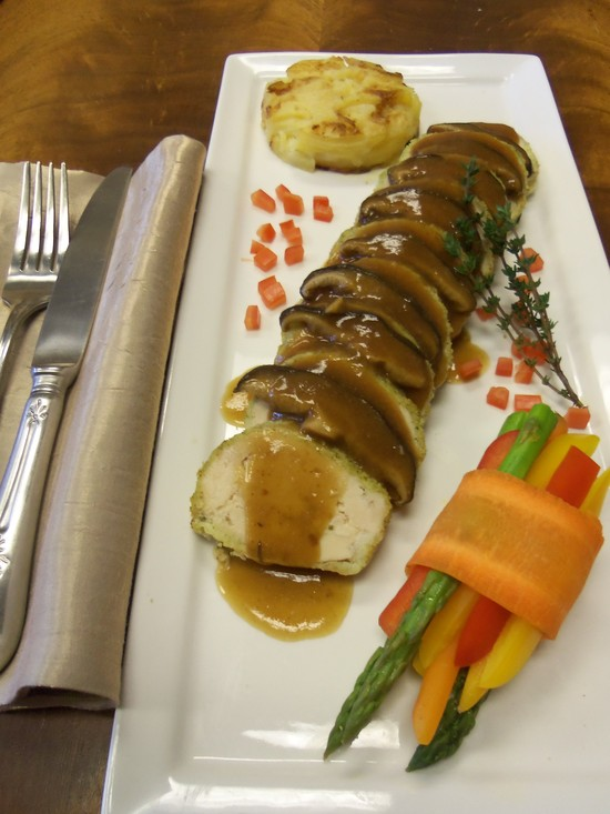 Chicken Boursin w Shitake Jus, Dauphinoise Potatoes and Veg Bundles