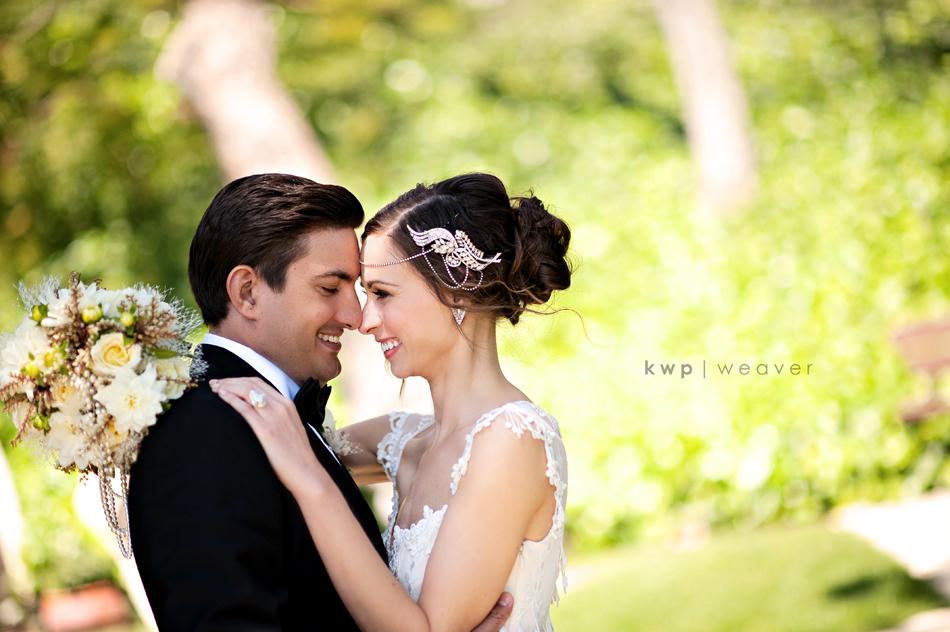 Vintage-wedding-style-wedding-photography-bride-groom.full