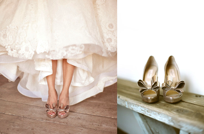 gold bow wedding shoes | OneWed.com