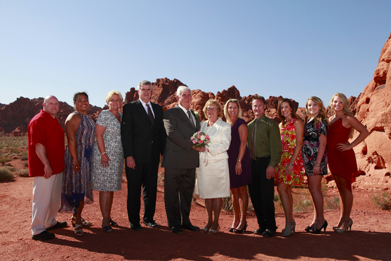 Valley of Fire Wedding group shot