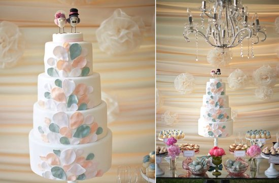 white wedding cake pastel leaves