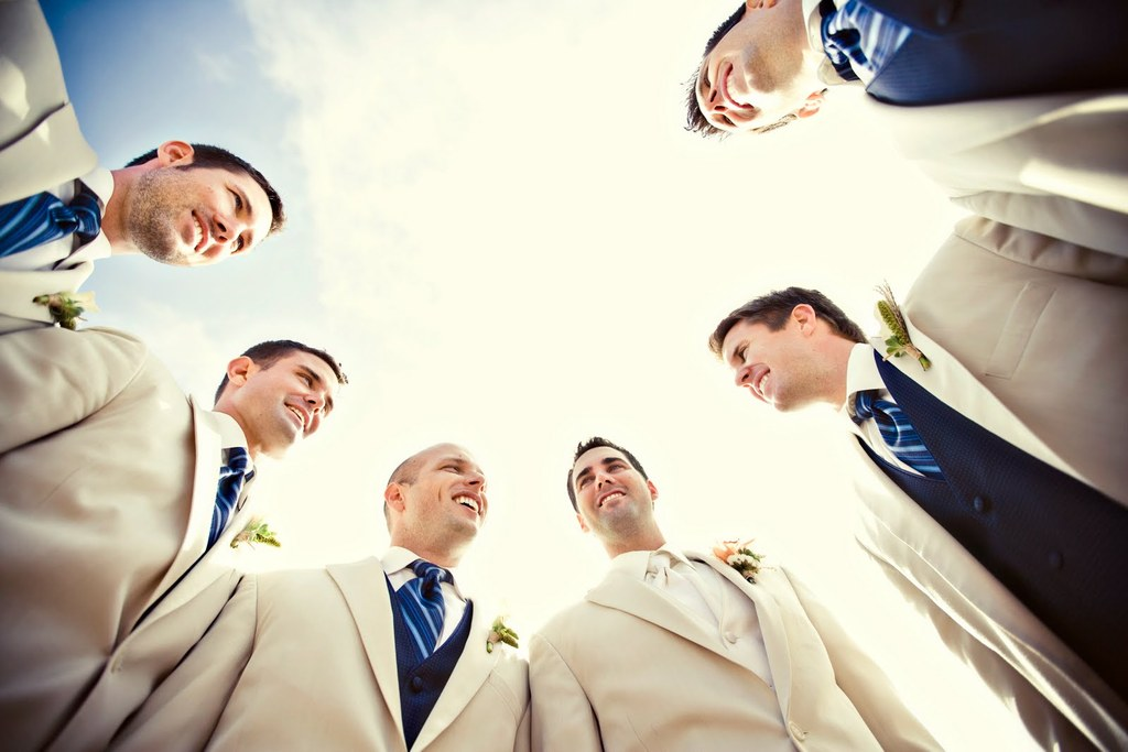Navy-ivory-and-aqua-hamptons-wedding-photos-groomsmen.full