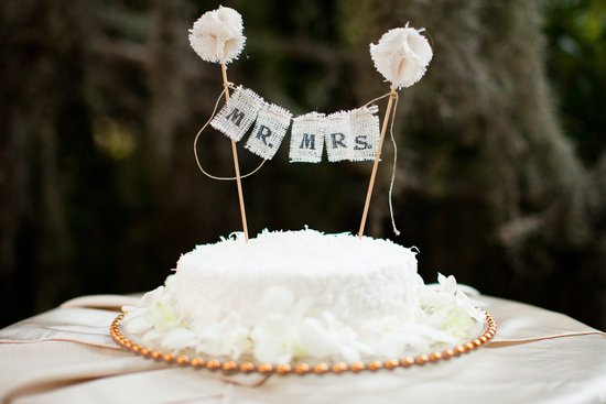 Outdoor wedding reception handmade burlap cake topper