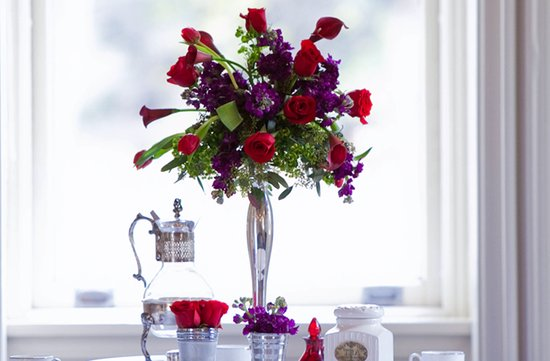 purple red wedding flower centerpieces silver vase