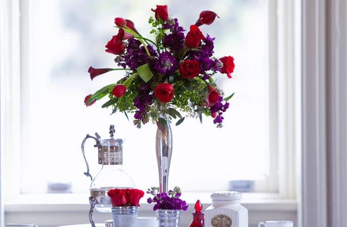 Purple And Red Centerpiece Ideas : Purple red wedding flower centerpieces silver vase