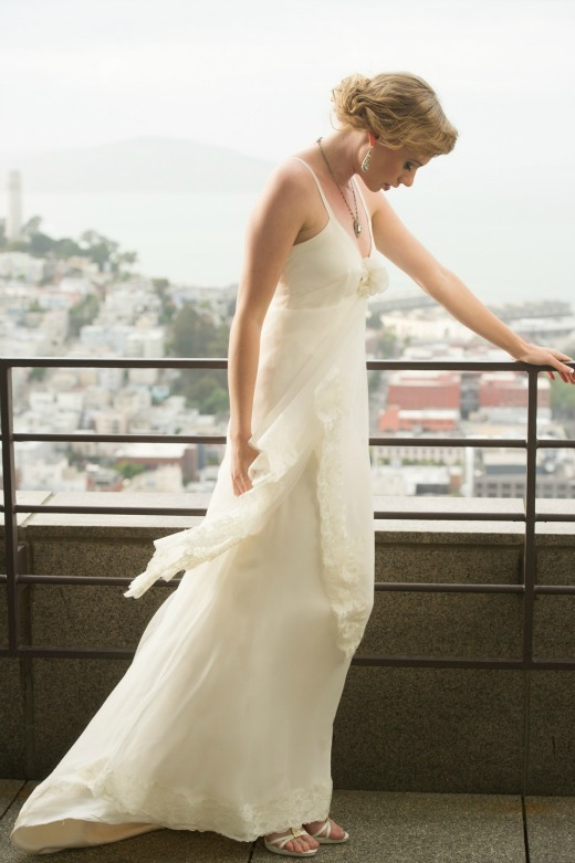 photo of wedding style inspiration art deco meets modern city chic 7