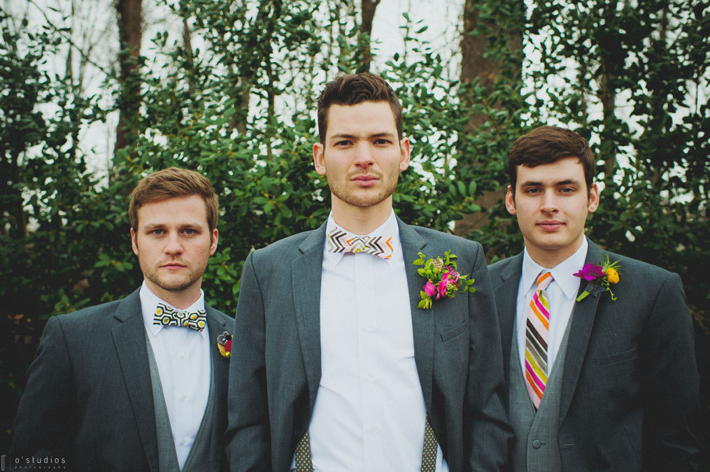 Modern-patterned-bow-and-neck-ties-for-hipster-grooms.full