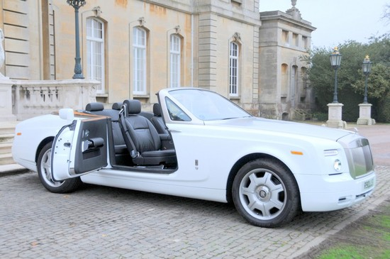 rolls-royce-drophead-coupe-hire-peterborough-1024x680