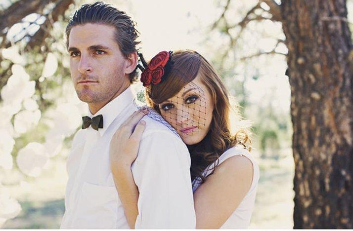 Vintage-glam-wedding-style-9.full