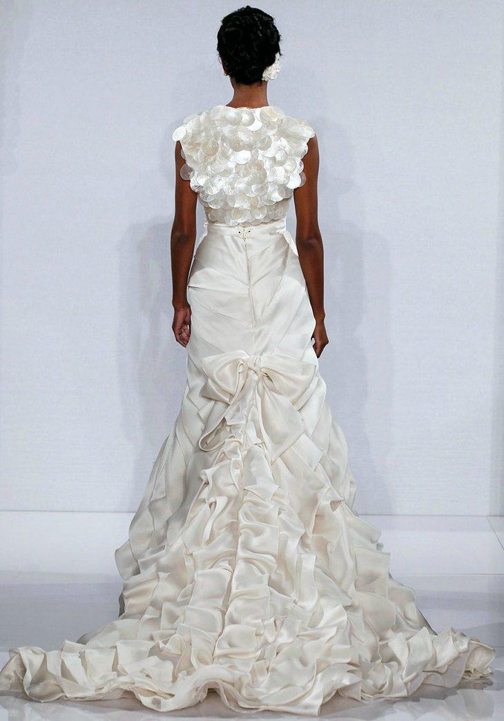 Statement-back-wedding-dresses-2012-bridal-trends-pnina-tournai-6.full