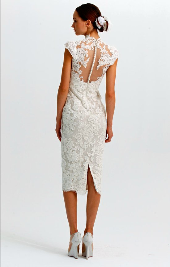 statement backs 2012 wedding dress trends marchesa lace LWD