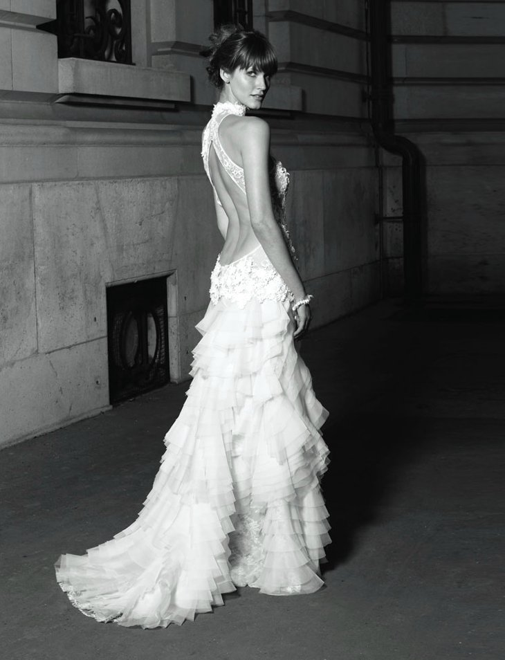 Statement-backs-2012-wedding-dress-trends-2.full