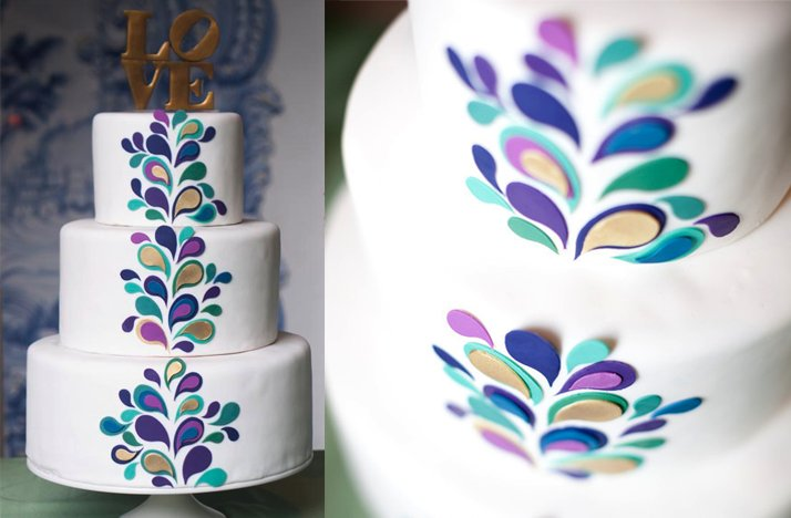White-wedding-cake-purple-blue-paisley.full