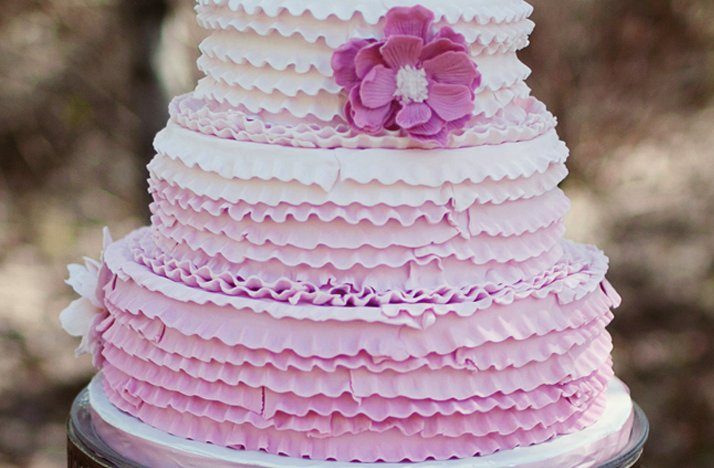 Light-purple-ruffle-wedding-cake.full