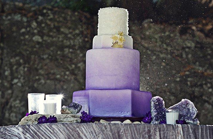 Purple-wedding-cake-ombre-effect.full