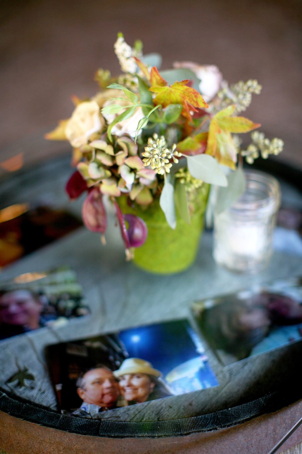 Mossy-wedding-centerpiece-surrounded-by-memories.full