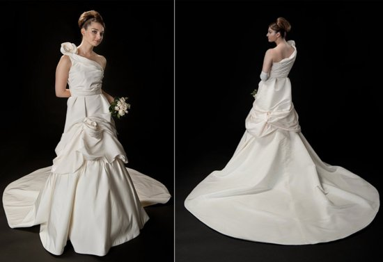 Custom wedding dress by Anna Neiman Allison