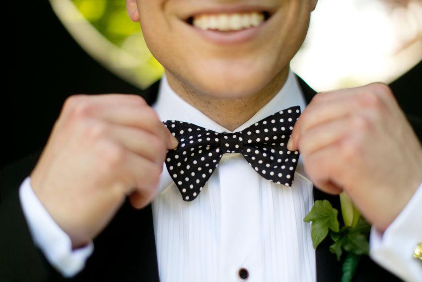 Black-tie-groom-with-polka-dot-bow-tie.full