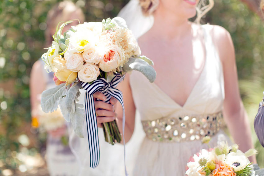 Romantic-bridal-bouquet-tied-with-striped-ribbon.full