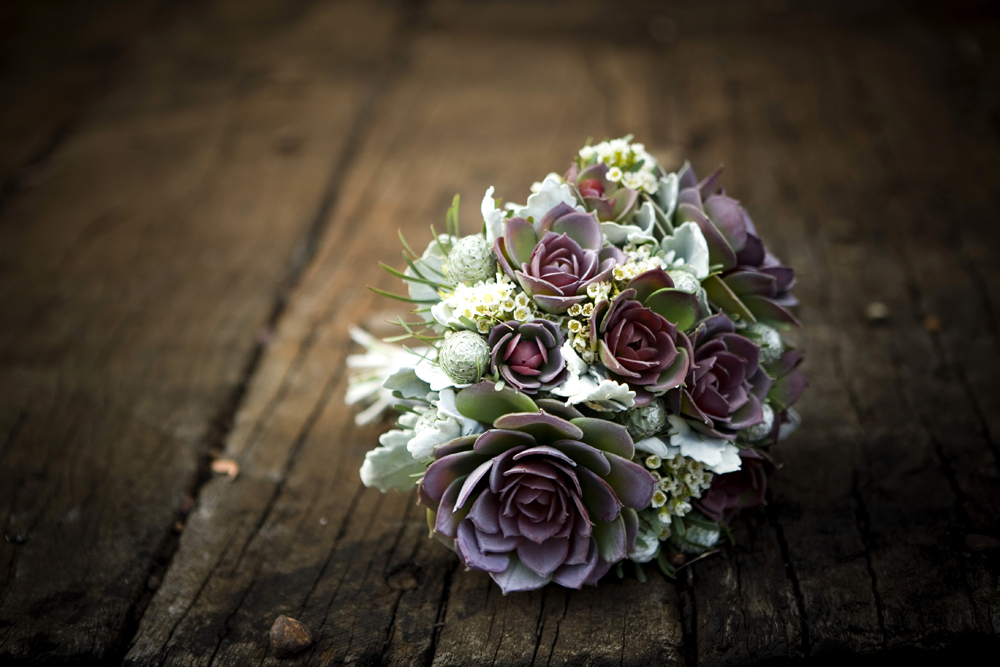 dark bridal bouquet green purple succulents