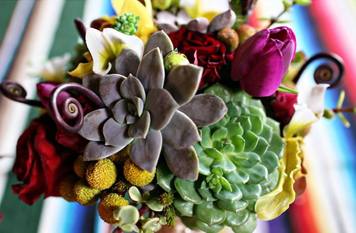 Bold-bridal-bouquet-eco-friendly-succulents.full