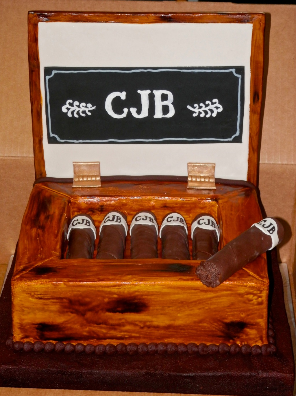 Cigar%20box%20(1).full