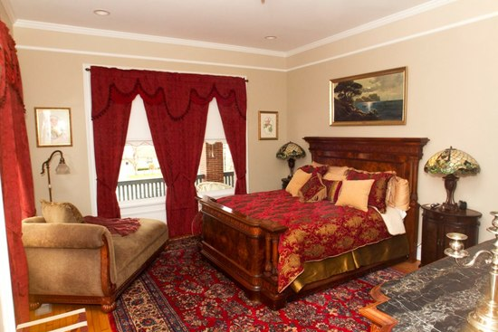 photo of Cleland House Bed & Breakfast Suites