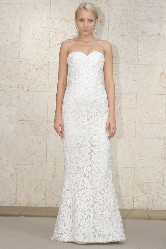 Oscar de la renta wedding dress spring 2012 bridal gowns 3 for Where to buy oscar de la renta wedding dress